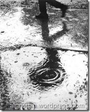 rain and run, taken from iwanbajang.kemudian.com